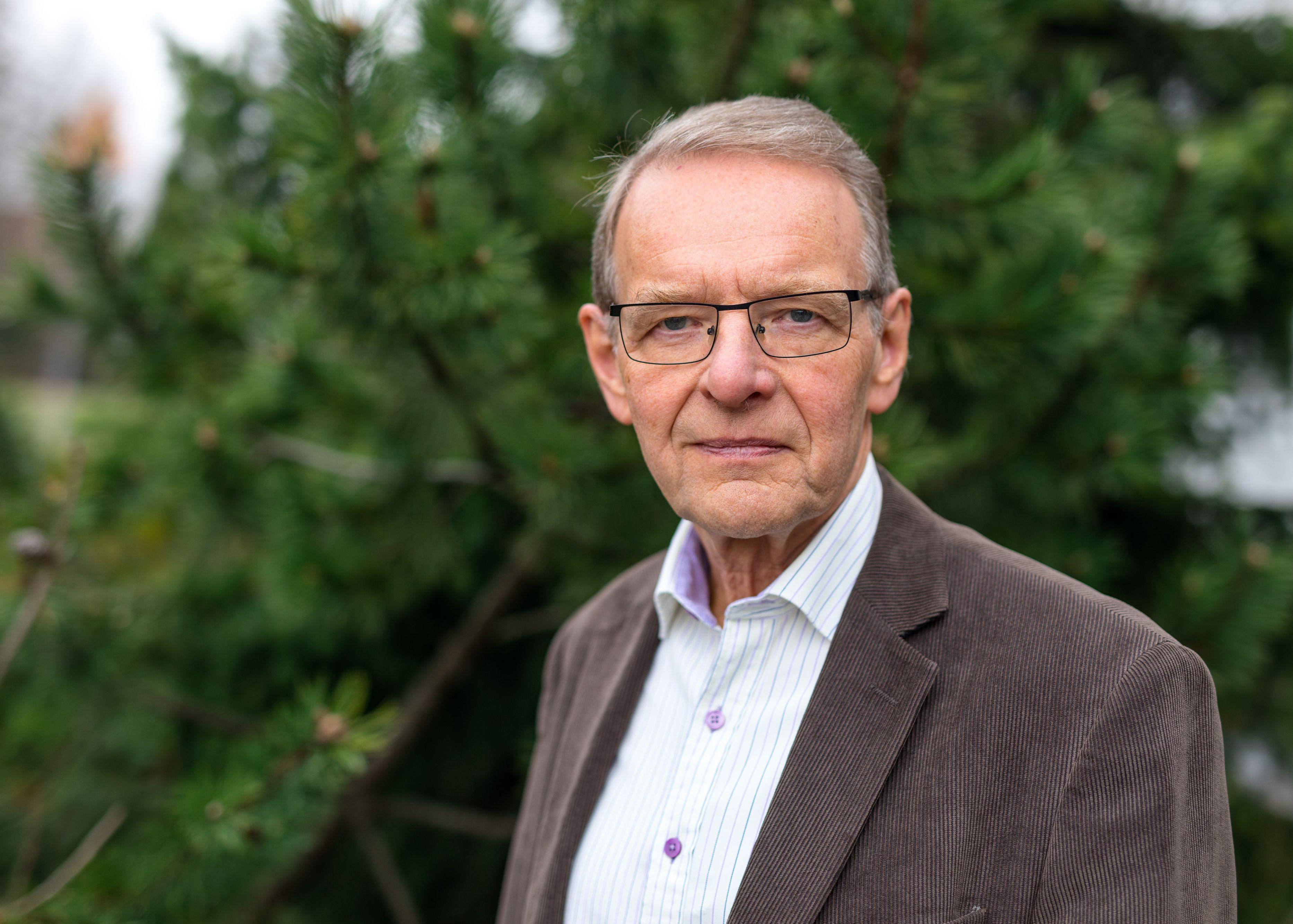 Tekniikan tohtori Tuomo Suntola sai Millennium-teknologiapalkinnon 2018 atomikerroskasvatusteknologian (Atomic Layer Deposition, ALD) kehittämisestä.